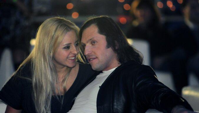 ФОТО: Александр Ревва в четвертый раз женился на одной и той же женщине