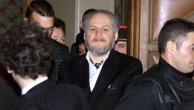 Karloss Šakālis tiesā apstrīd mūža ieslodzījumu par spridzināšanām Francijā