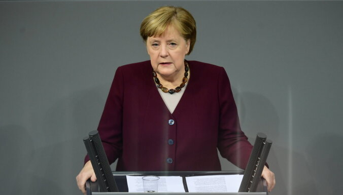 """Меркель не хочет увязывать решение по """"Северному потоку — 2"""" с делом Навального"""