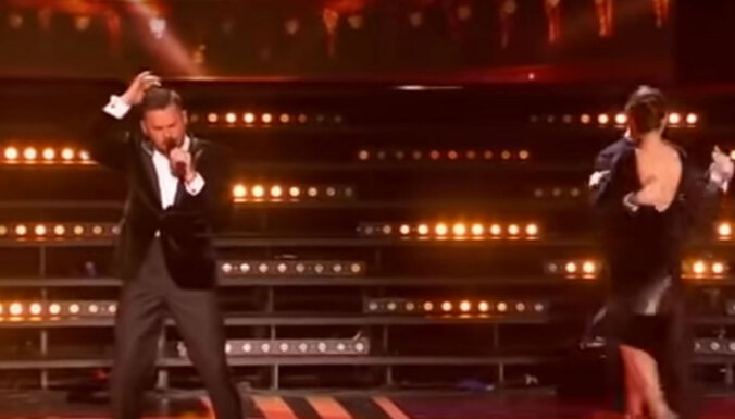 Video: Intars Busulis mirdz Allas Pugačovas apsveikuma koncertā