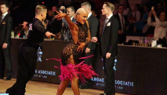 Latvijas pārim bronza pasaules čempionātā junioriem Latīņamerikas dejās