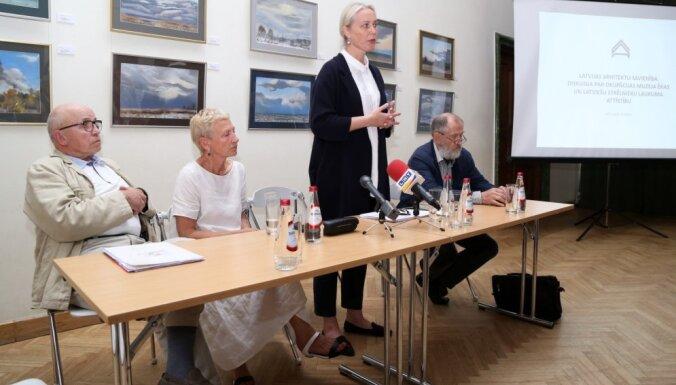 Asa viedokļu apmaiņa arhitektu diskusijā par Okupācijas muzeja rekonstrukciju