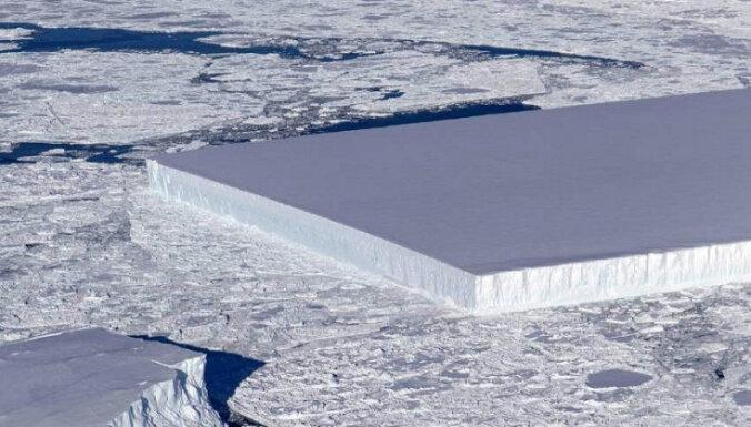 NASA обнаружило айсберг идеальной прямоугольной формы