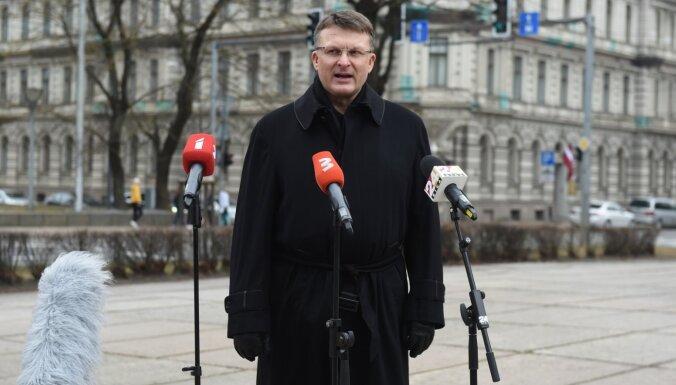 Шлесерс пообещал в следующем году стартовать на выборах в Сейм