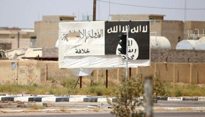 'Daesh' kaujinieki dzīvus sadedzinājuši sešus cilvēkus