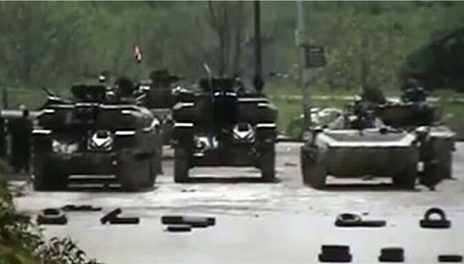 Pie Sīrijas un Turcijas robežas notikusi armijas un protestētāju sadursme