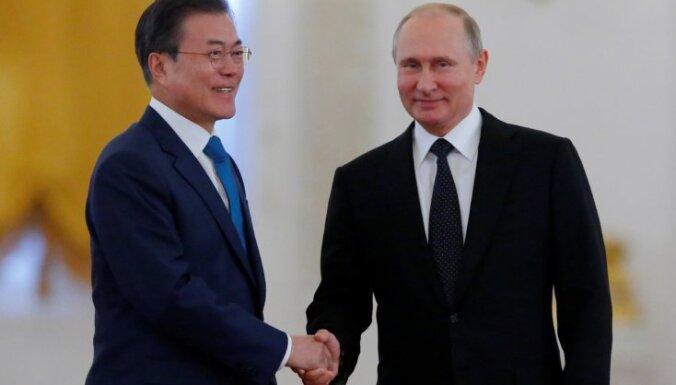 Путин встретился в Москве с президентом Южной Кореи