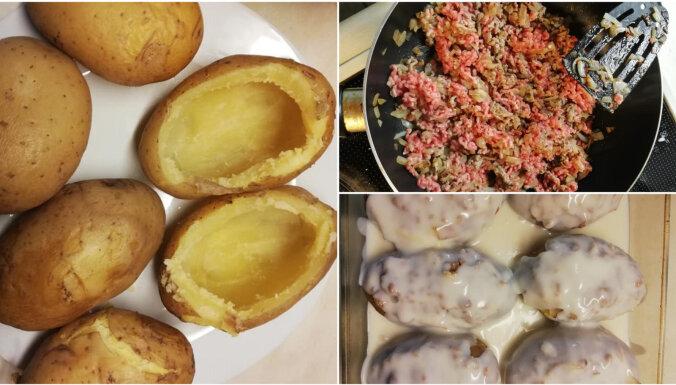 Pildīti kartupeļi ar malto gaļu un sieru krēmīgā mērcē