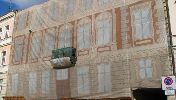 Graustu miljonāri: Kam pieder Rīgas centra pamestie nami? (1. daļa)