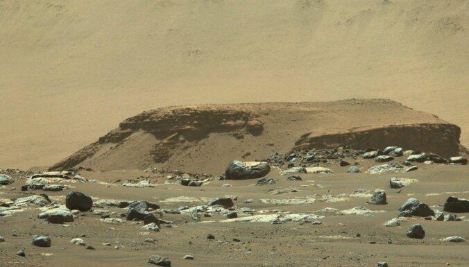 Kāds laiks uz Marsa? Apkopotas jaunā rovera sūtītās laika ziņas no Jezero krātera