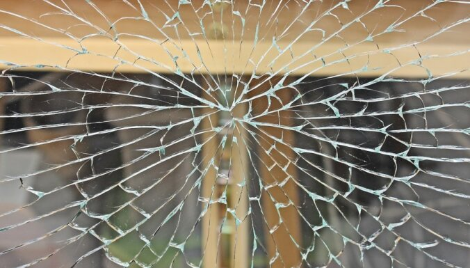 Пурвциемс: воры забрались в квартиру через окно