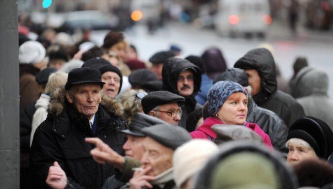 Latvijā 28% iedzīvotāju uzskata sevi par liberāļiem, 16% - par konservatīvajiem