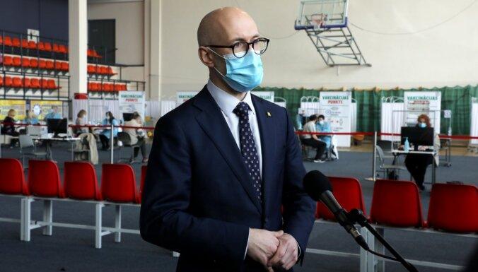 Pavļuts mudina gatavoties stingrākiem ierobežojumiem, ja turpināsies Covid-19 saslimstības pieaugums
