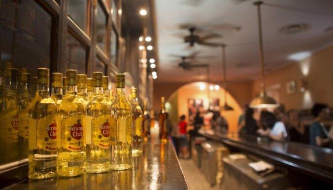 Kuba saņem ASV preču zīmi ruma 'Havana Club' pārdošanai