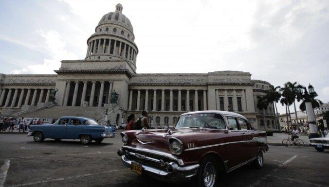 ASV un Kuba atsāks regulārus komerciālos lidojumus