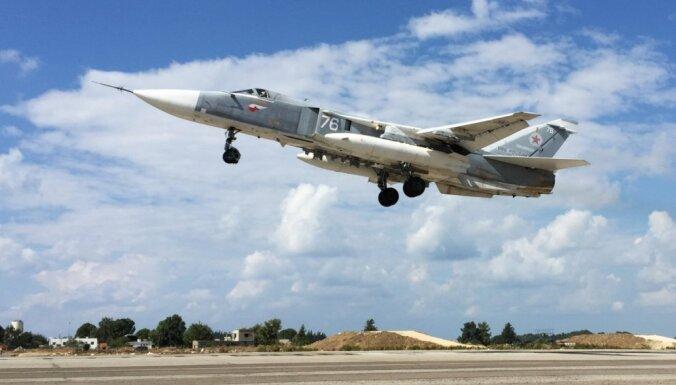 Krievijas uzlidojumiem Sīrijā koordinātes nodrošinājuši 'opozīcijas pārstāvji'