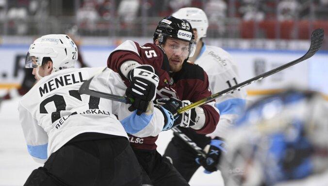 Rīgas 'Dinamo' uzvaru sēriju pārtrauc ar smagu zaudējumu