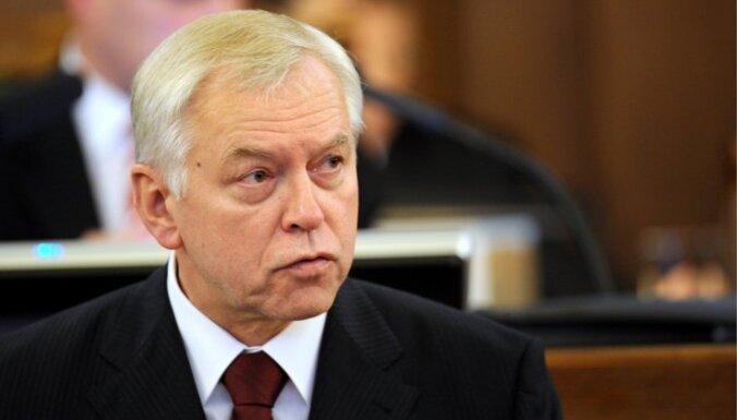 Бригманис: латышский электорат расколот, у ЦС все шансы выиграть выборы