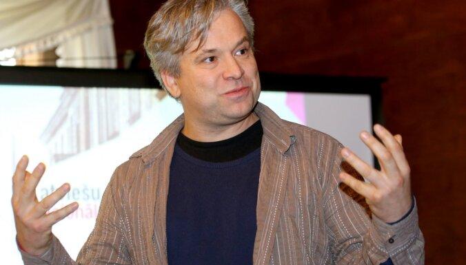 Austrālijā pazudis latviešu kinorežisors Olafs Okonovs