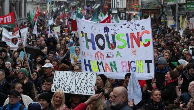 Dublinā protestē pret bezpajumtniecību