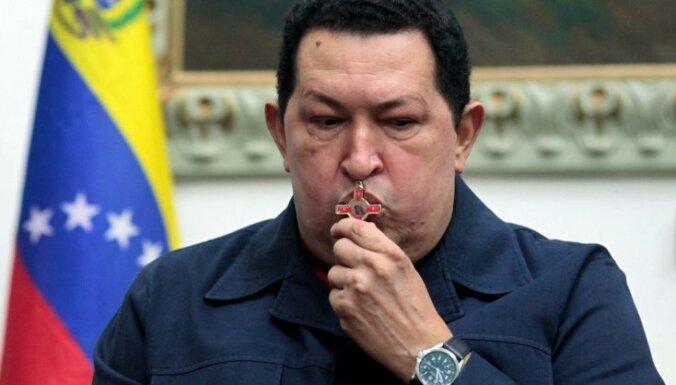 Андрис Берзиньш выразил соболезнования в связи со смертью Уго Чавеса