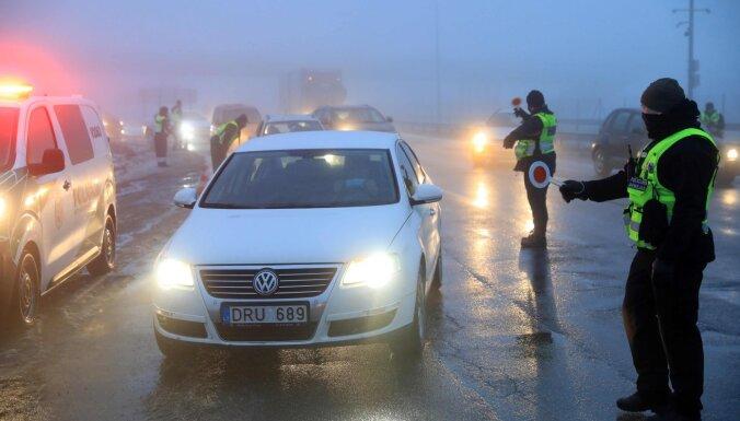 Литва продлила карантин до апреля, смягчив ограничения на передвижение между самоуправлениями
