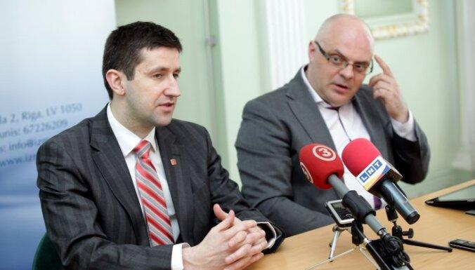 Ķīlis varētu kļūt par Vjačeslava Dombrovska ārštata padomnieku