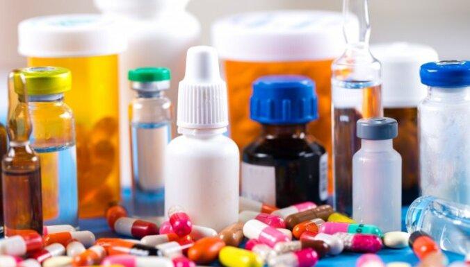 За выписывание недокументированных медикаментов за год наказаны три врача