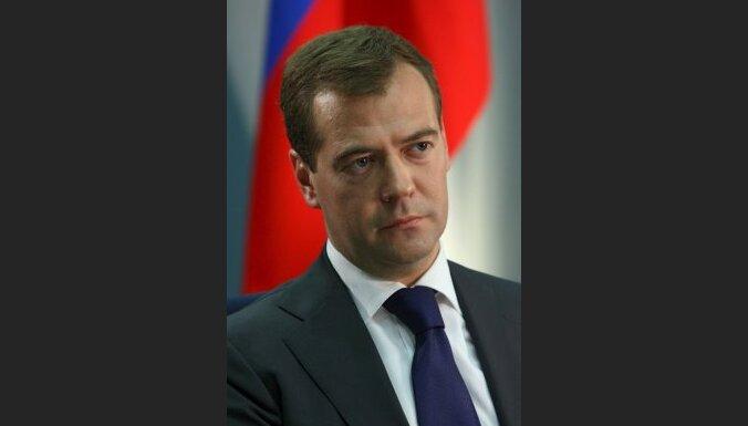 Grib pagarināt Krievijas prezidenta un parlamenta pilnvaras