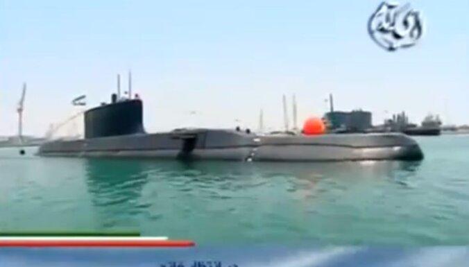 Irāna pirmo reizi parādījusi savu jauno zemūdeni