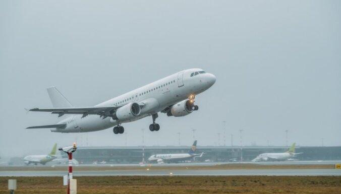 Aviosatiksme pirms-pandēmijas līmenī varētu atjaunoties agrāk par prognozēto