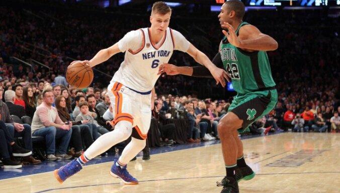 Porziņģim 14 punkti 'Knicks' zaudējumā Austrumu konferences līderei 'Celtics'