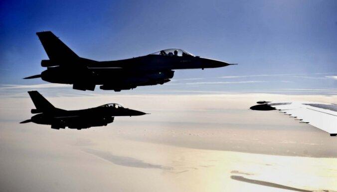 Жителей Латвии напугали патрульные самолеты НАТО