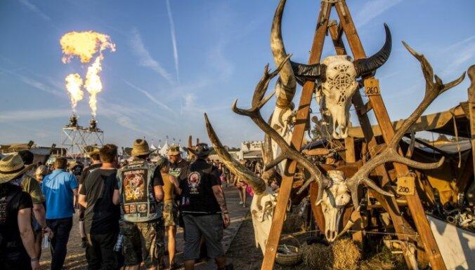Vācijas policija atklāj patiesību par diviem vīriešiem, kuri slepus devās uz metālmūzikas festivālu