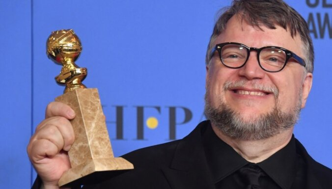 Giljermo del Toro saņem pirmo 'Zelta globusu'; labākā drāma – 'Three Billboards Outside Ebbing, Missouri'