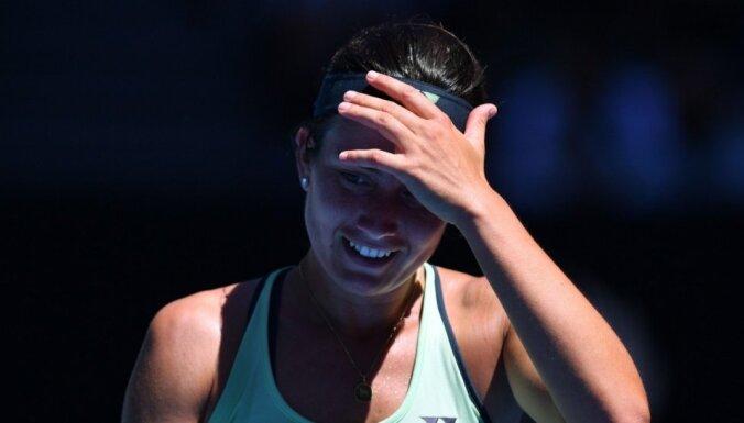 Sevastova neatrod argumentus pret Šarapovas agresīvo spēli un izstājas no 'Australian Open'