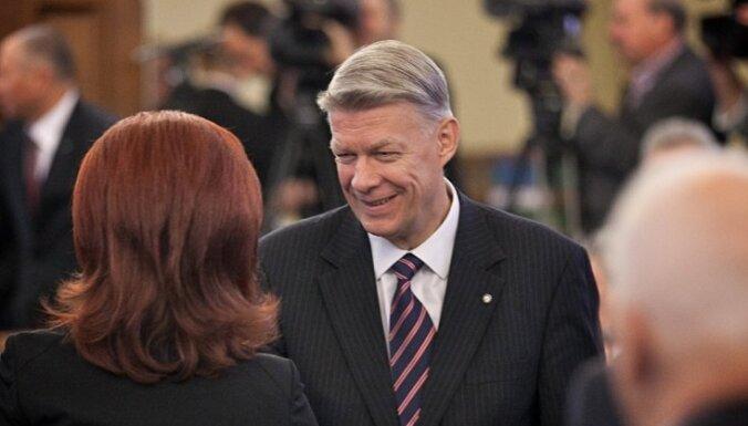 Zatleru oficiāli izvirza Saeimas priekšsēdētāja amatam