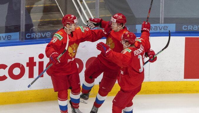 Беларусь повержена: сборная России вышла в полуфинал юниорского чемпионата мира