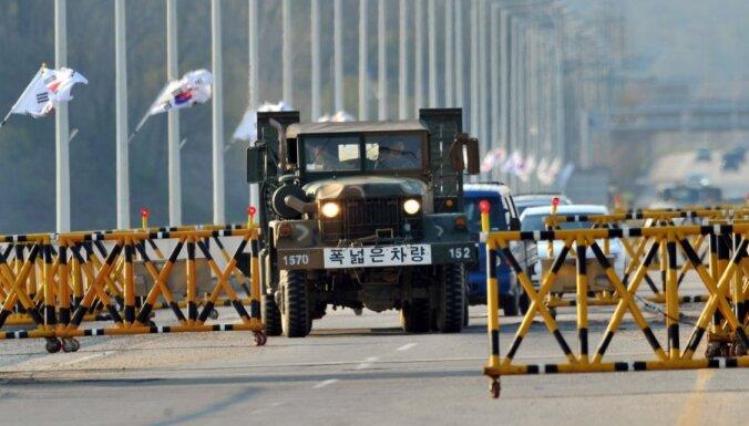Dienvidkoreja izvedīs ar Ziemeļkoreju kopīgajā kompleksā atlikušos darbiniekus