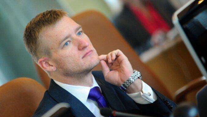 Нил Ушаков: что со Спруджса взять, кроме анализов?