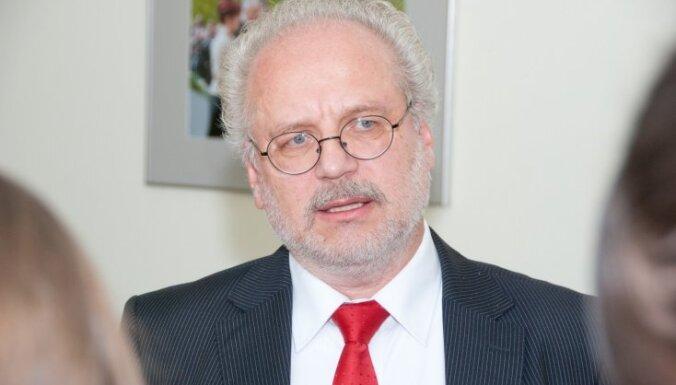 Levits: Latvijas partijās jūtama 'neleģitīma ietekme'