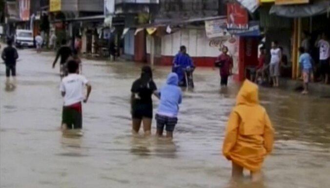Латвийские власти выразили соболезнование Филиппинам в связи с жертвами тайфуна