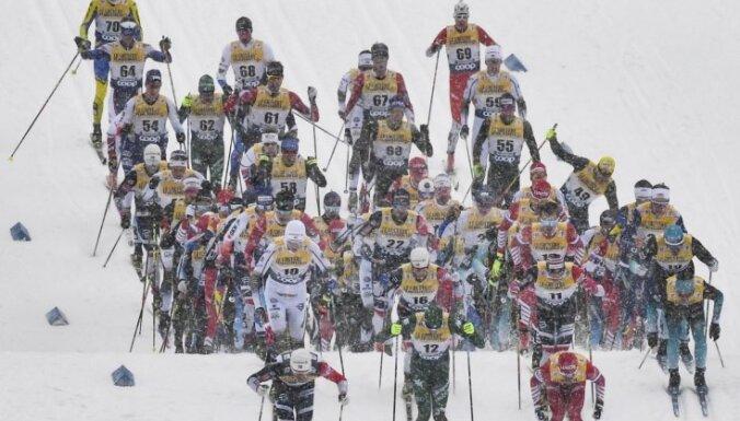 Bikše pārliecinoši pēdējais 'Tour de Ski' posmā; Eiduka nestartē