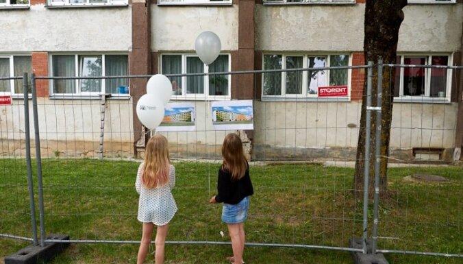 За десять лет в Латвии утеплены менее тысячи многоквартирных домов