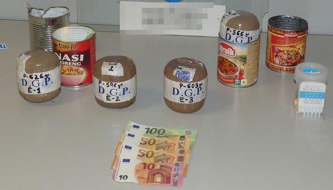Тенерифе: у гражданина Латвии в аэропорту изъяли 2,4 кг наркотиков