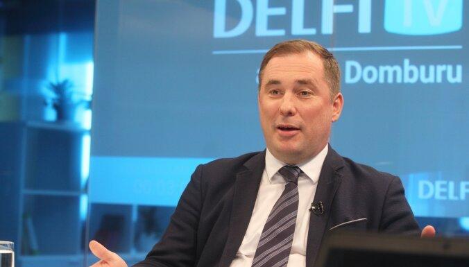 Депутату Шмитсу грозит лишение мандата за пропуск заседаний Сейма
