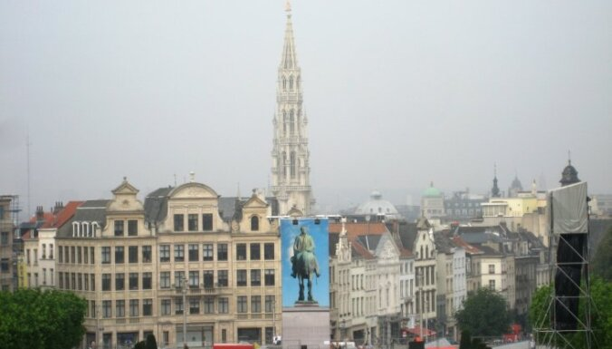 Beļģijā ģenerālstreiks paralizē satiksmi