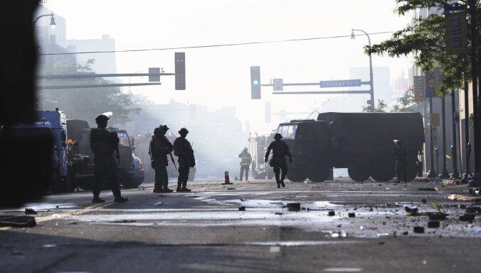 В Атланте введено чрезвычайное положение из-за продолжающихся массовых беспорядков