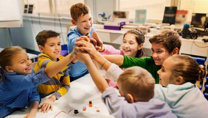 Komisija vienojas par vienreizēja 500 eiro pabalsta izmaksāšanas nepieciešamību arī bērniem aprūpes iestādēs