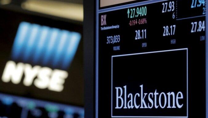 Baltijas banku tirgū 'Blackstone' nebaidās no konkurences ar 'Swedbank' un SEB, vēsta laikraksts